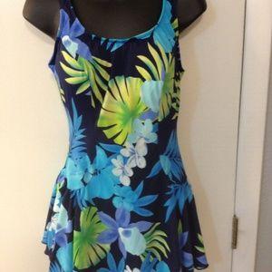 LE COVE  Size 14 Black/blue skirted swimsuit